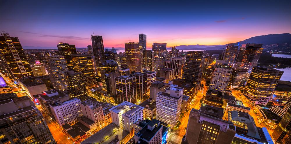 Abenddämmerung über Vancouver - Blick vom Aussichtsturm