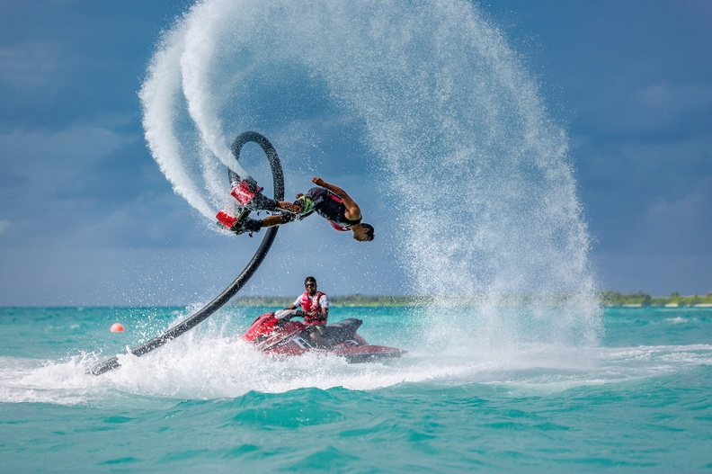 LUX* South Ari Atoll - Flyboarding