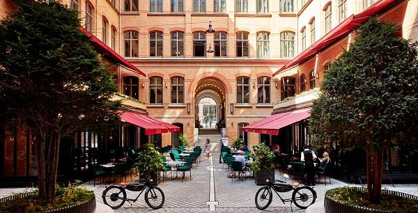 Tortue Design Hotel - Innenhof